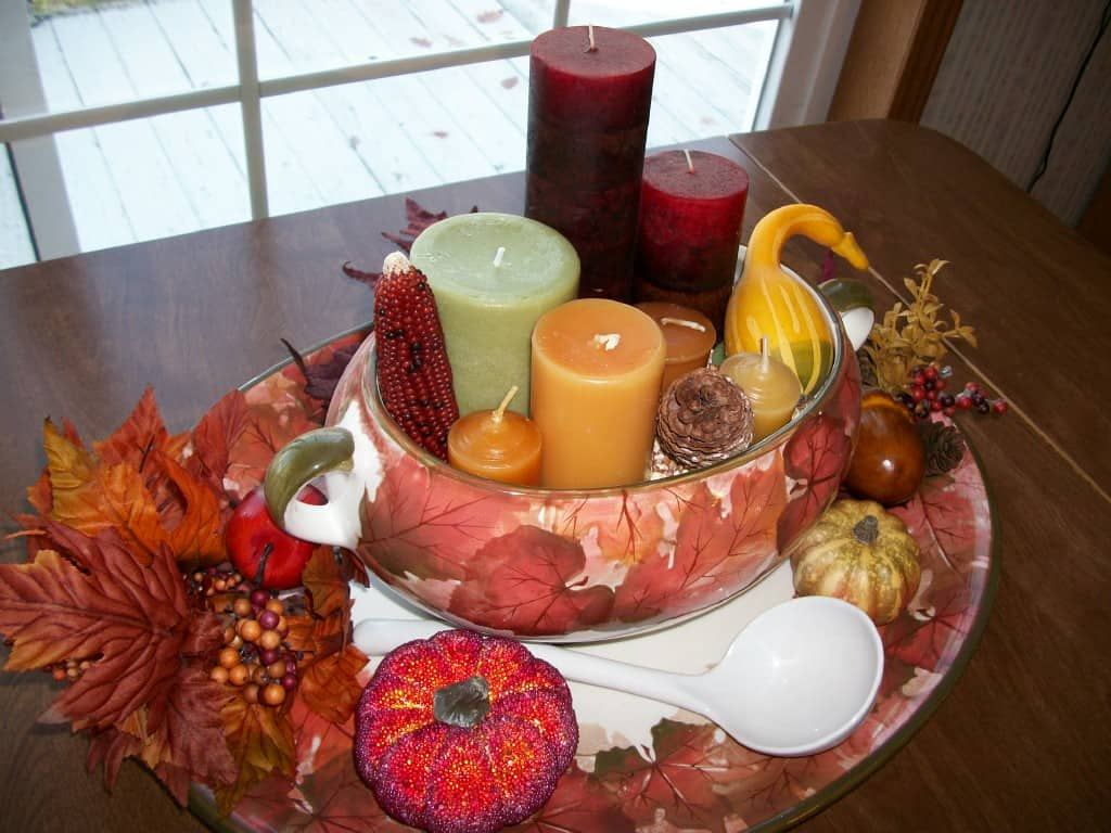 Easy and beautiful thanksgiving centerpiece savings for Inexpensive thanksgiving centerpieces