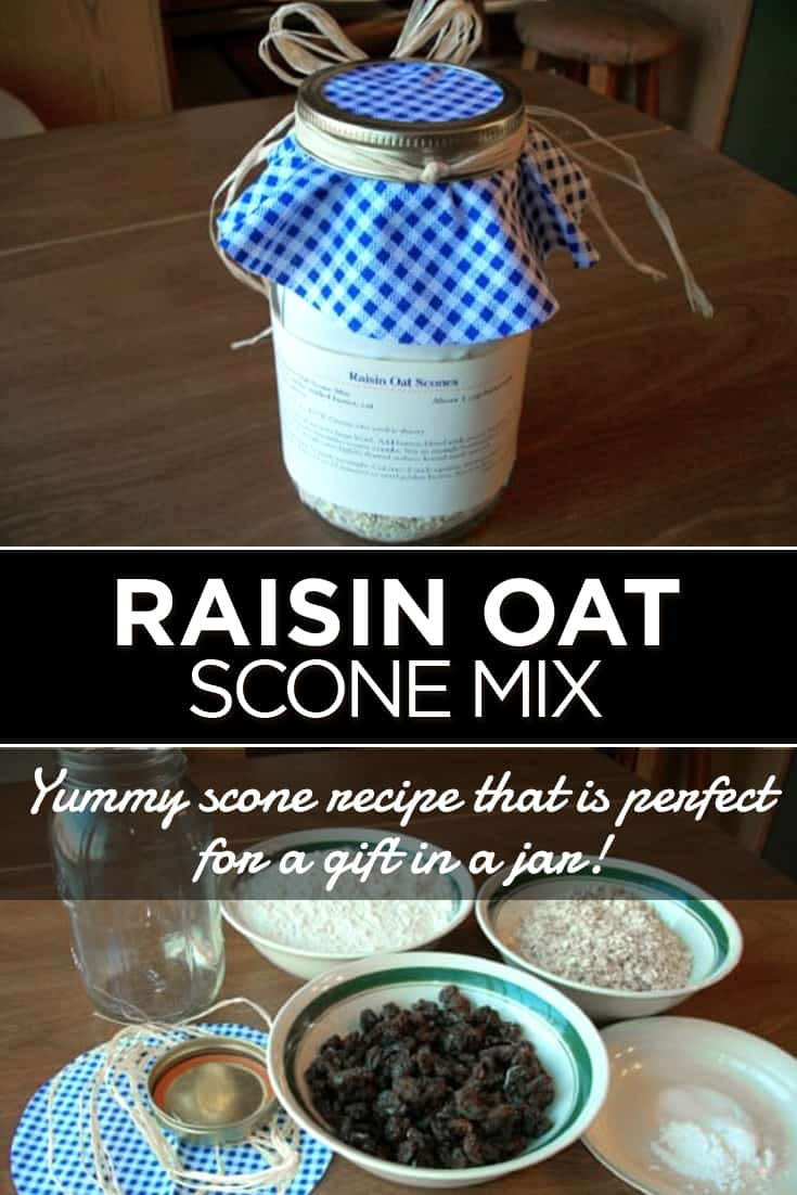 Gift in a Jar: Raisin Oat Scone Mix via @AndreaDeckard