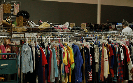 Sell your old clothes to build your emergency savings fund!