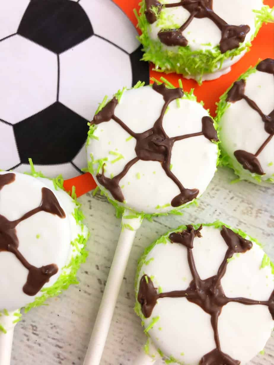 DIY Soccer cookies so easy that the kids can help!