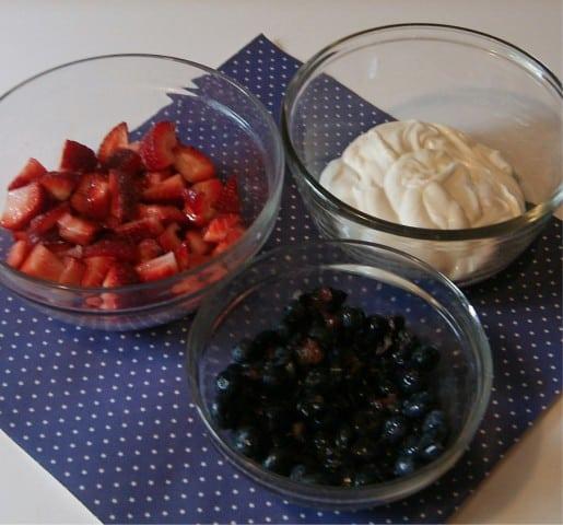 Fruit and Yogurt Popsicle Recipe