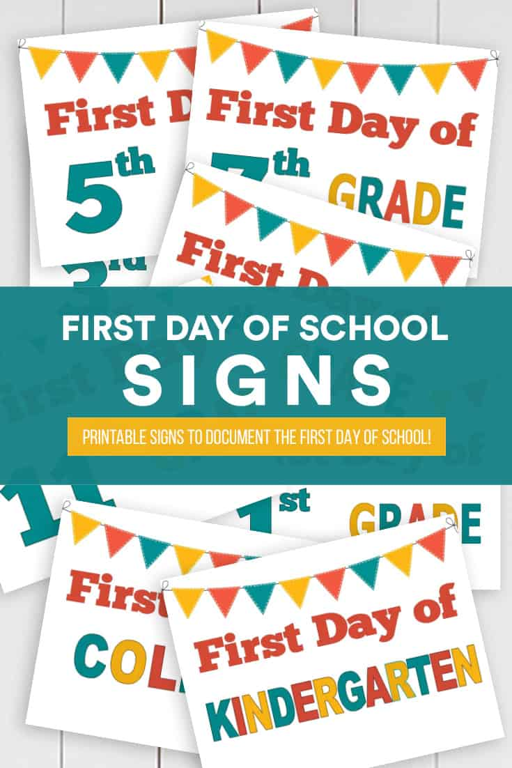 First Day of School signs free printable download! via @AndreaDeckard