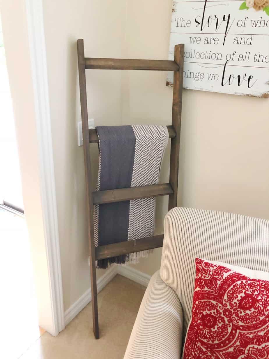 Blanket Ladder Diy Make Easy Farmhouse Decor Yourself